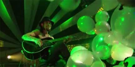 My Own Pet Balloon LG Thrill Event 02